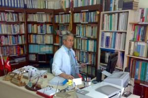 ofiste-ahmet-fidan